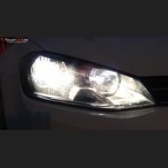 Pack Feux de Croisement Ampoules Effet Xenon pour Mercedes Classe CLA W117